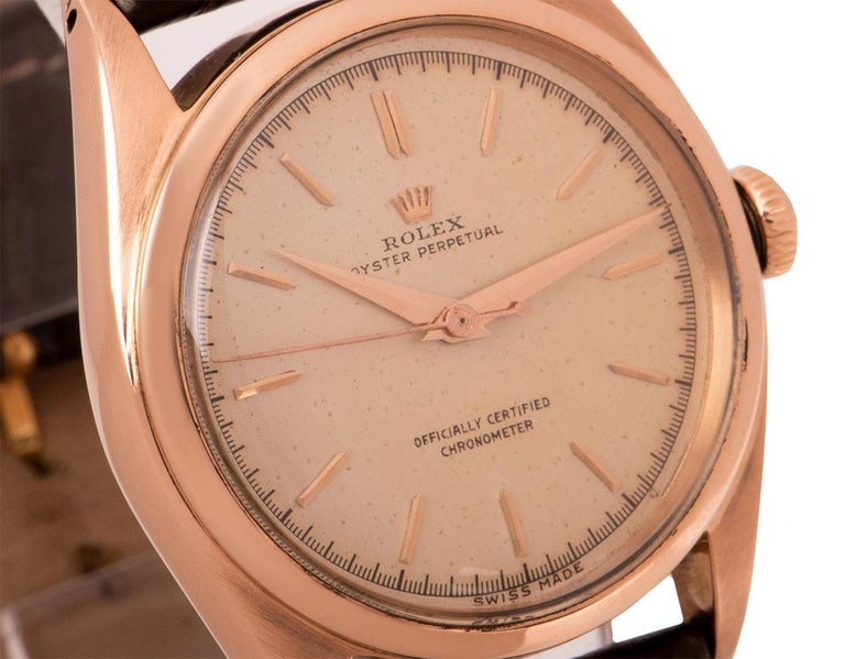 Rolex Oyster Perpetual Bubbleback Vintage Gents 18 Karat Gold Silver Dial 5048 In Excellent Condition For Sale In London, GB