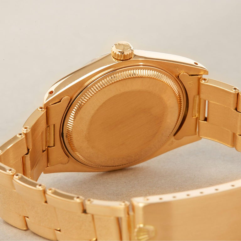 Rolex Oyster Perpetual Date 1503 Unisex Yellow Gold Watch For Sale 3