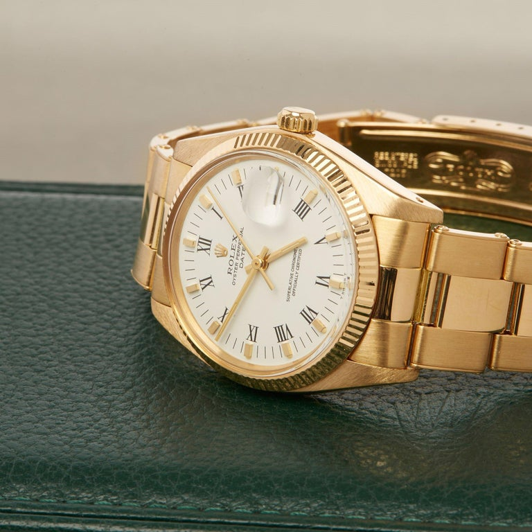 Rolex Oyster Perpetual Date 1503 Unisex Yellow Gold Watch For Sale 5