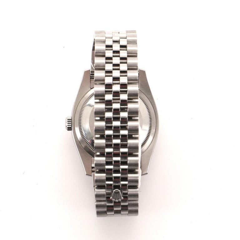 Condition: Very good. Moderate scratches and wear throughout. Accessories: No Accessories Measurements: Case Size/Width: 37mm, Watch Height: 13mm, Band Width: 20mm, Wrist circumference: 7