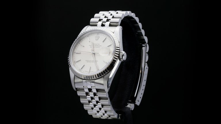 Rolex Oyster Perpetual DateJust Ref 16234  Gender:  Men Year: Circa 1970's Model : Oyster Perpetual DateJust Case Diameter : 36 mm Movement: Automatic Watchband Material: Stainless Steel Case material : Stainless Steel Display Type:   Analogue Box /