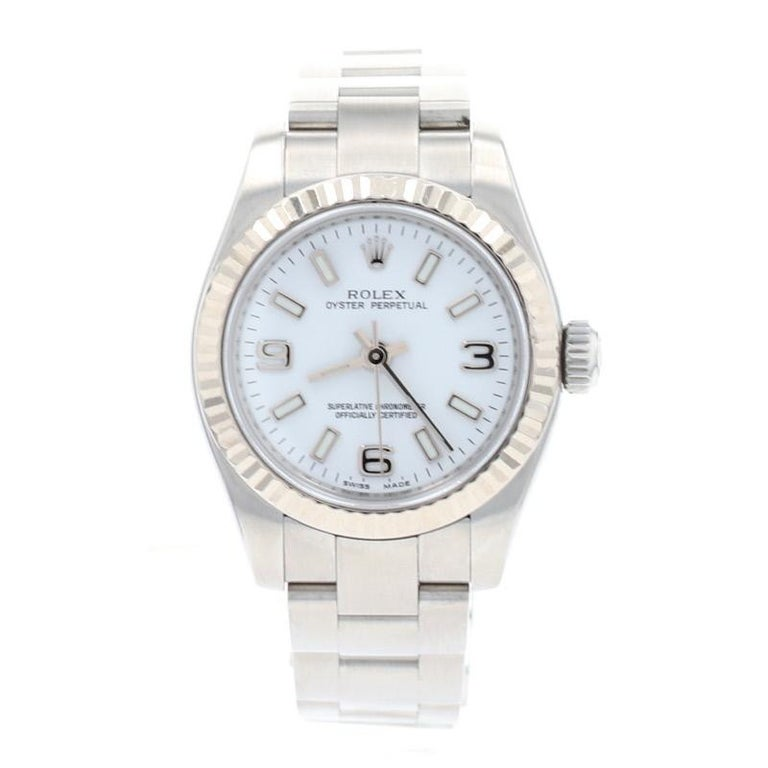 Rolex Oyster Perpetual Ladies Wristwatch, Stainless Automatic 2 Yr Wnty 176234 In Excellent Condition For Sale In Greensboro, NC