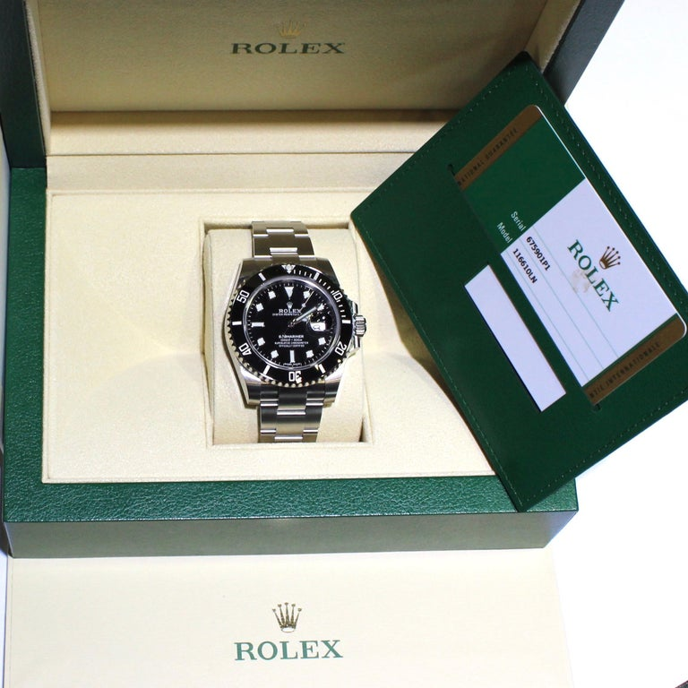 Women's or Men's Rolex Oyster Perpetual Submariner 116610 Stainless Steel Watch Paper and Box