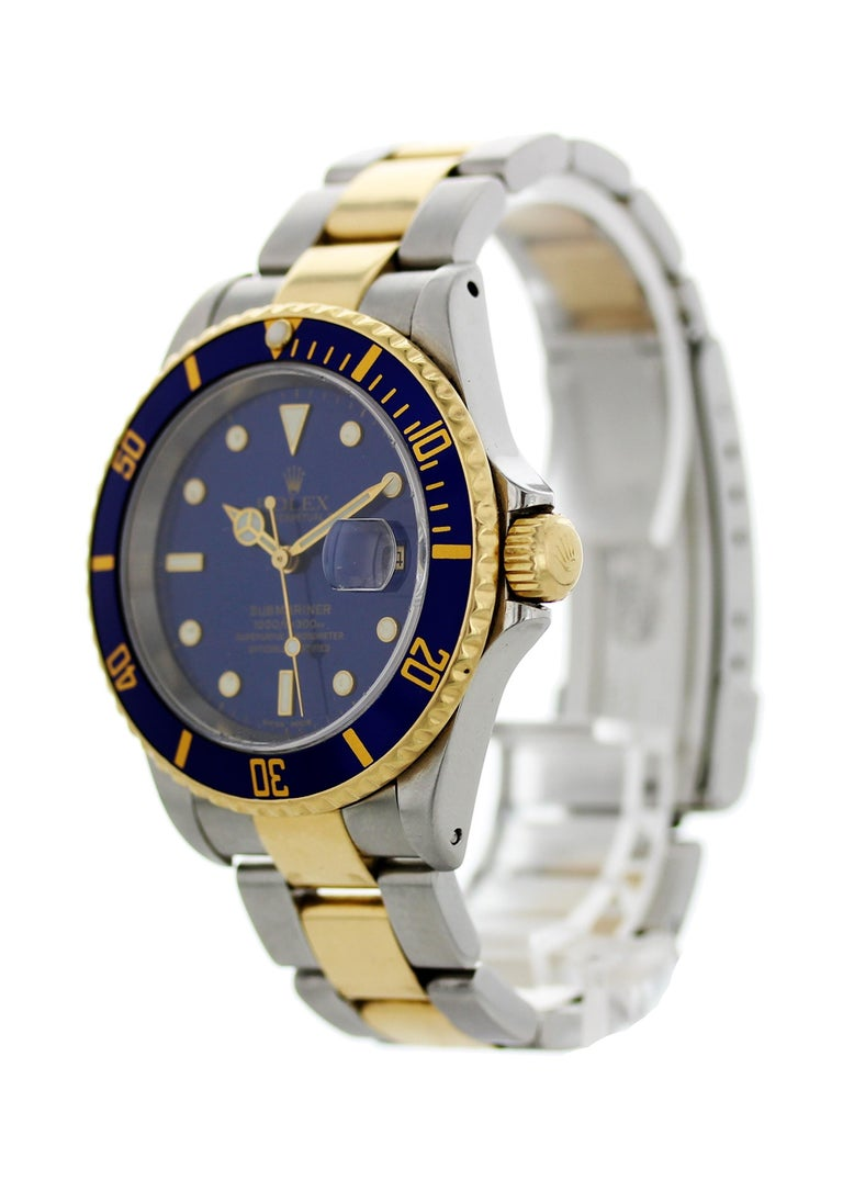 Rolex Oyster Perpetual Submariner Date 18 Karat 16613 Men's Watch In Excellent Condition For Sale In New York, NY