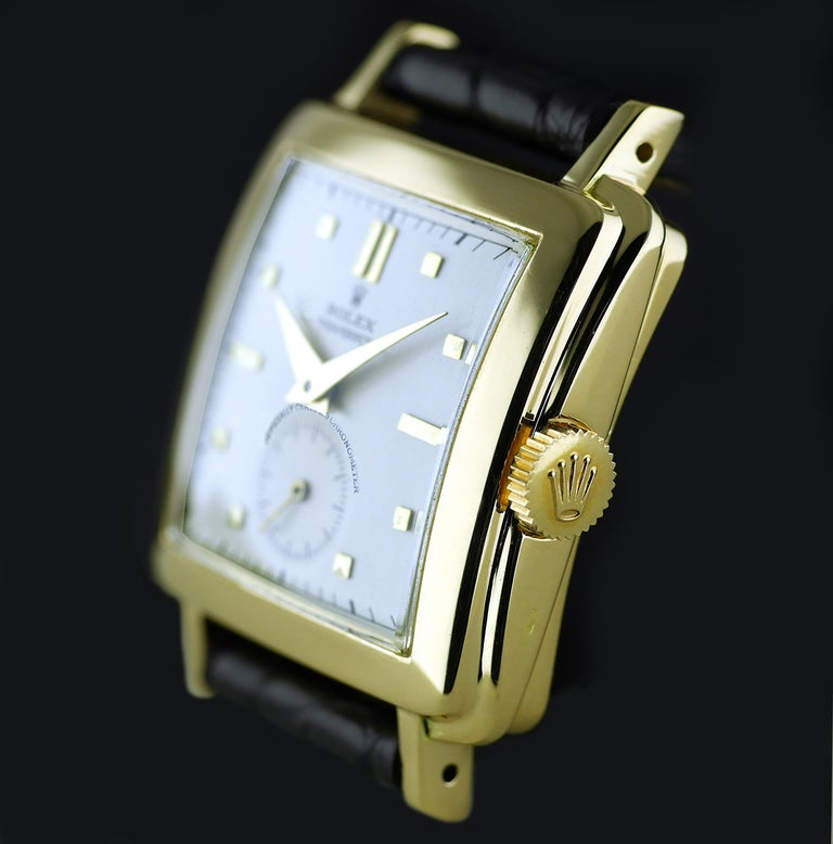 Rolex Perpetual Automatic 18 Carat Gold, circa 1951 In Excellent Condition For Sale In London, GB