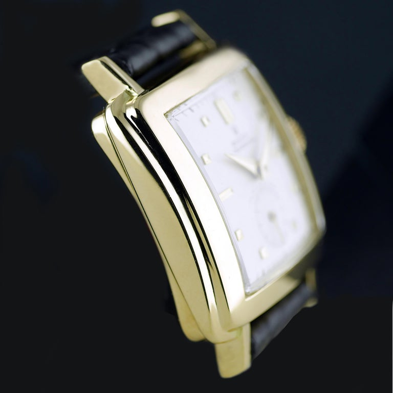 Women's or Men's Rolex Perpetual Automatic 18 Carat Gold, circa 1951 For Sale