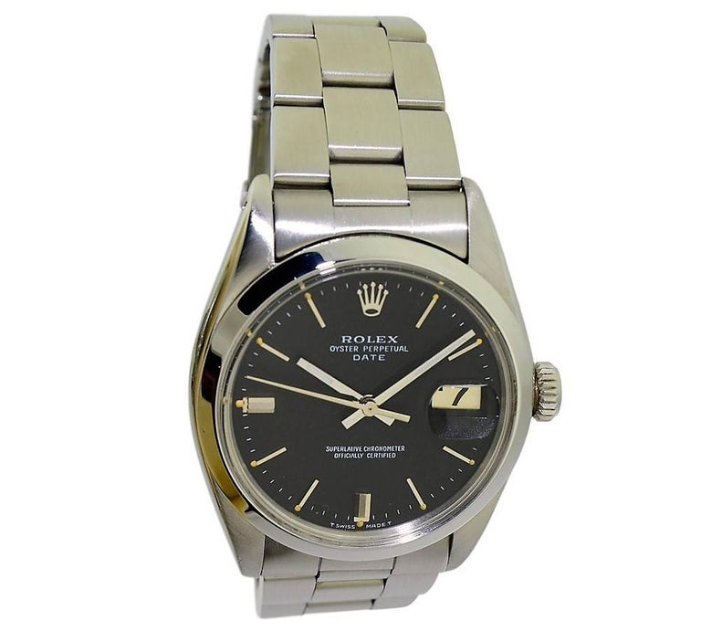 Rolex Perpetual Date with Original Black Dial from 1968 or 1969 In Excellent Condition For Sale In Venice, CA