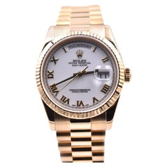 Rolex President Day-Date New-Style 18 Karat Yellow Gold Watch 118238