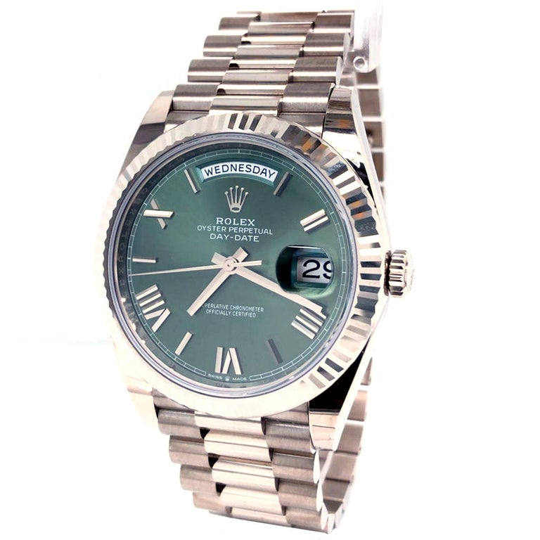 Rolex Presidential Day-Date 18k White Gold Green Olive Roman Dial 228239 In New Condition For Sale In Aventura, FL