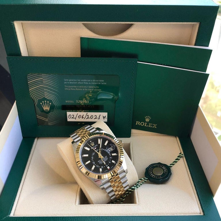 Rolex Sky-Dweller Two-Tone Steel & 18ct Yellow Gold Black Dial Watch 326933 For Sale 3