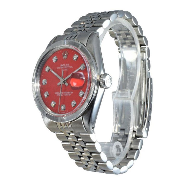 Round Cut Rolex Stainless Steel Oyster Perpetual Date Red Diamond Dial Watch For Sale