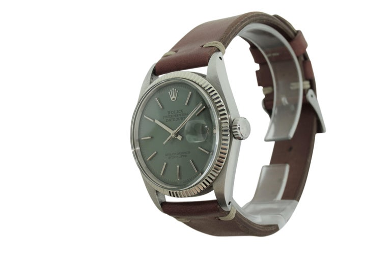 Rolex Stainless Steel White Gold Bezel Datejust Watch, circa 1962-1963 In Excellent Condition For Sale In Long Beach, CA