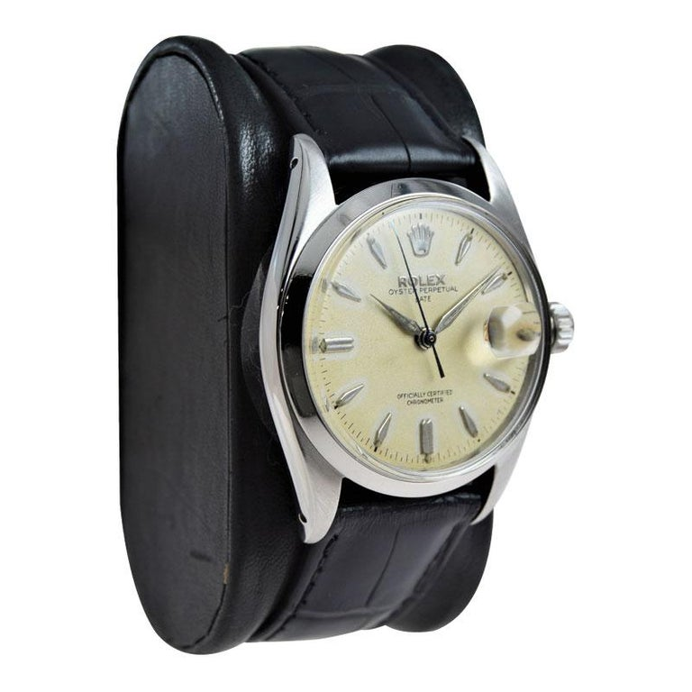 Rolex Stanless Steel Oyster Perpetual Date with Original Dial from 1957 In Excellent Condition For Sale In Venice, CA