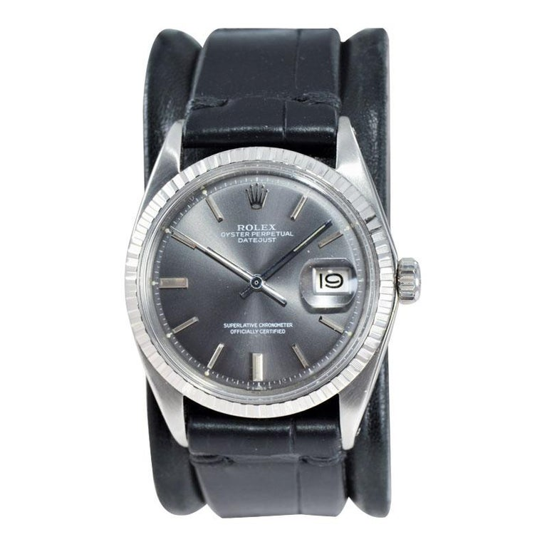 Rolex Steel Datejust with Rare Original Charcoal Dial from 1969 For Sale 3