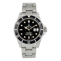 Rolex Submariner 16610 Men's Watch Box Papers