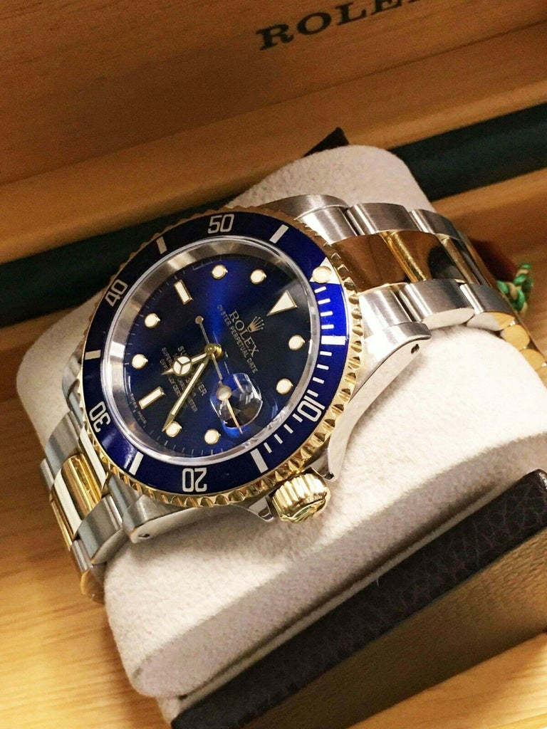 Rolex Submariner 16613 Blue Dial 18 Karat Gold Stainless Steel Gold Through In Excellent Condition For Sale In San Diego, CA