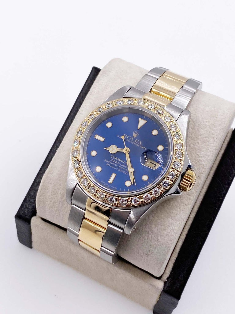 Rolex Submariner 16613 Blue Dial Diamond Bezel 18 Karat Yellow Gold Stainless In Excellent Condition For Sale In San Diego, CA