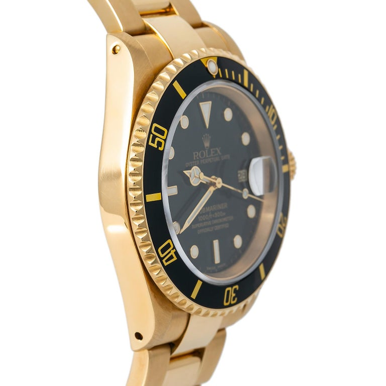 Rolex Submariner 16618, Certified and Warranty In Excellent Condition For Sale In Miami, FL