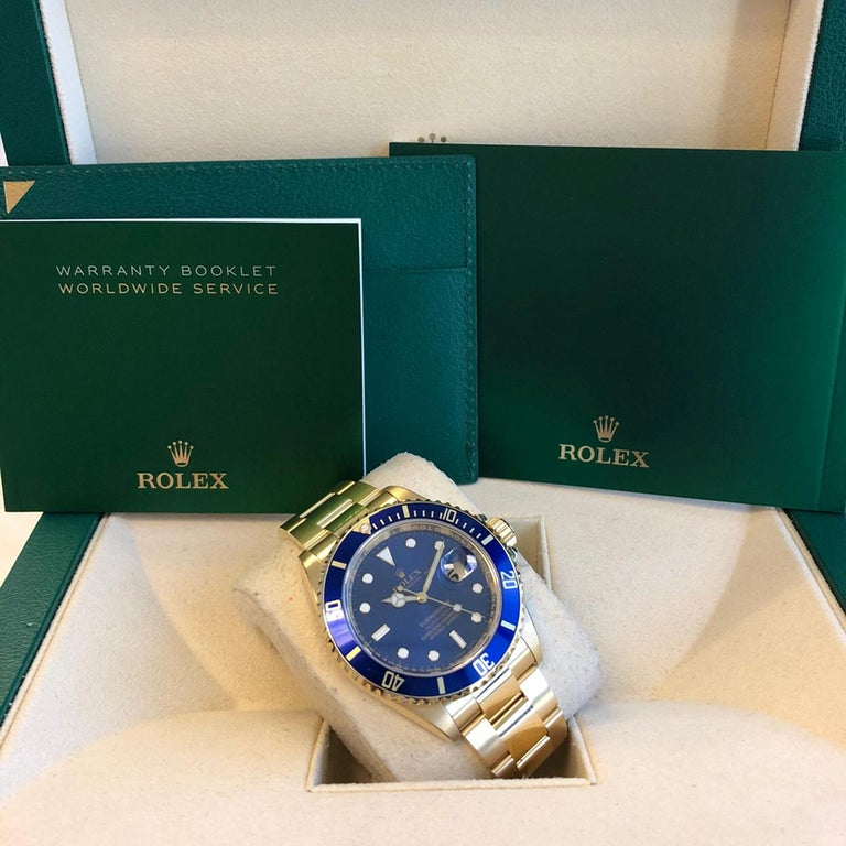 Rolex Submariner 16618 Oyster 18k Yellow Gold Blue Sunburst Dial Men's Watch For Sale 7
