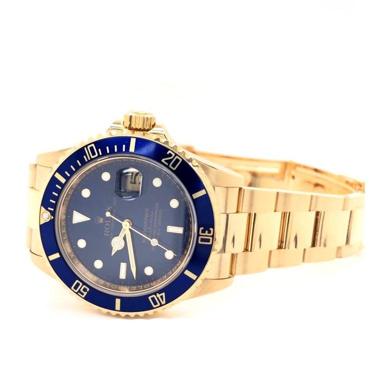 Rolex Submariner 16618 Oyster 18k Yellow Gold Blue Sunburst Dial Men's Watch For Sale 2