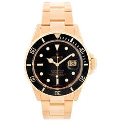 Rolex Submariner 18 Karat Gold Men's Watch 16618