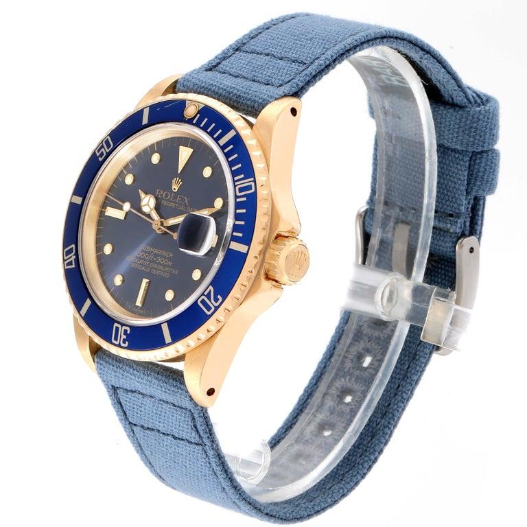 Rolex Submariner 18 Karat Yellow Gold Blue Dial Men's Watch 16808 In Good Condition In Atlanta, GA