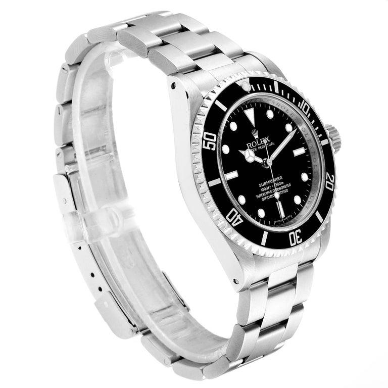Rolex Submariner Non-Date 4 Liner Steel Men's Watch 14060 In Excellent Condition For Sale In Atlanta, GA