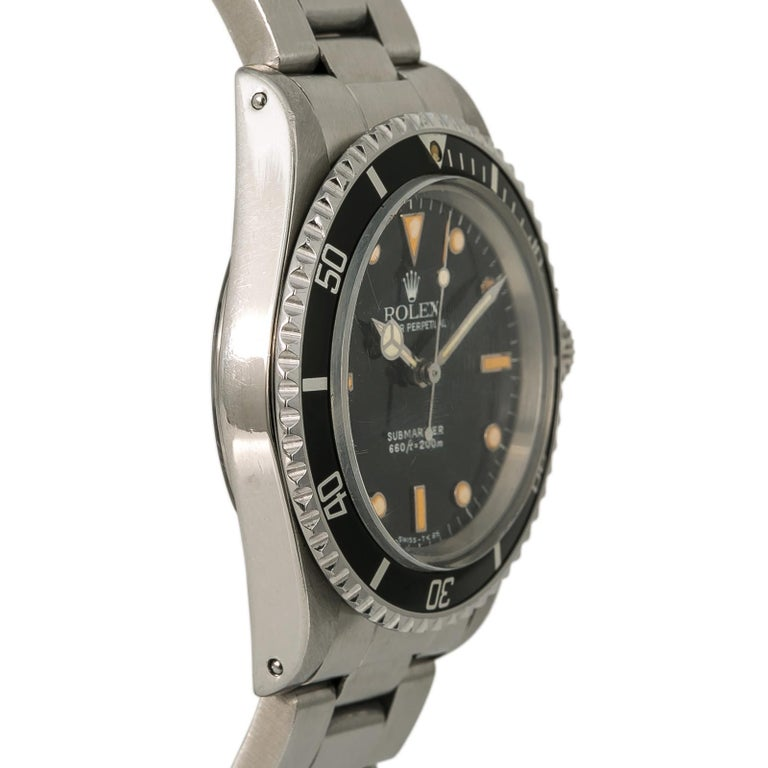 Rolex Submariner 5513, Silver Dial, Certified and Warranty In Good Condition For Sale In Miami, FL