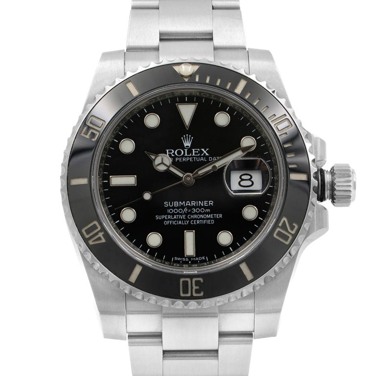 This pre-owned Rolex Submariner 116610LN is a beautiful men's timepiece that is powered by mechanical (automatic) movement which is cased in a stainless steel case. It has a round shape face, date indicator dial and has hand sticks & dots style