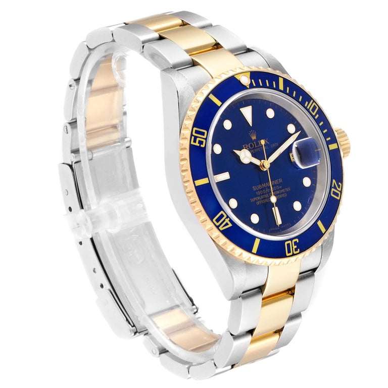 Rolex Submariner Blue Dial Bezel Steel Yellow Gold Men's Watch 16613 In Excellent Condition For Sale In Atlanta, GA