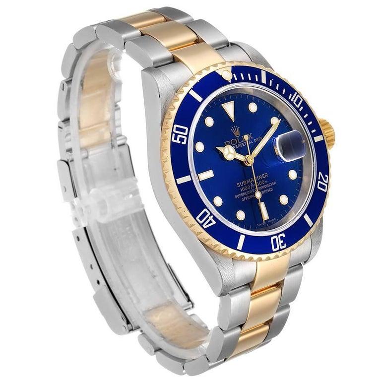 Rolex Submariner Blue Dial Steel Yellow Gold Men's Watch 16613 In Excellent Condition In Atlanta, GA