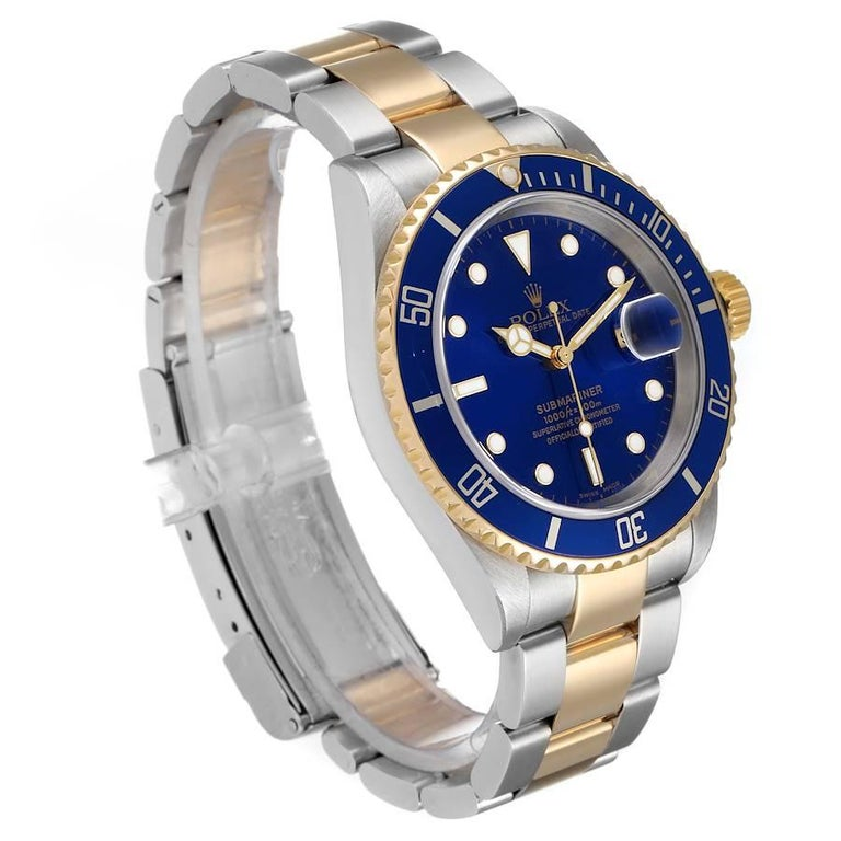 Rolex Submariner Blue Dial Steel Yellow Gold Mens Watch 16613 In Good Condition For Sale In Atlanta, GA