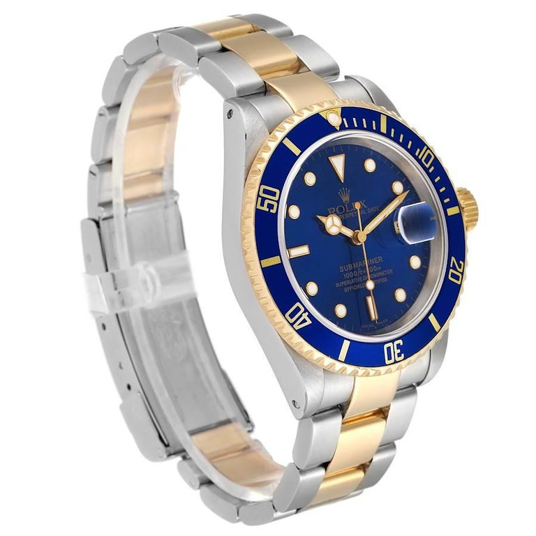 Rolex Submariner Blue Dial Steel Yellow Gold Mens Watch 16613 In Excellent Condition In Atlanta, GA