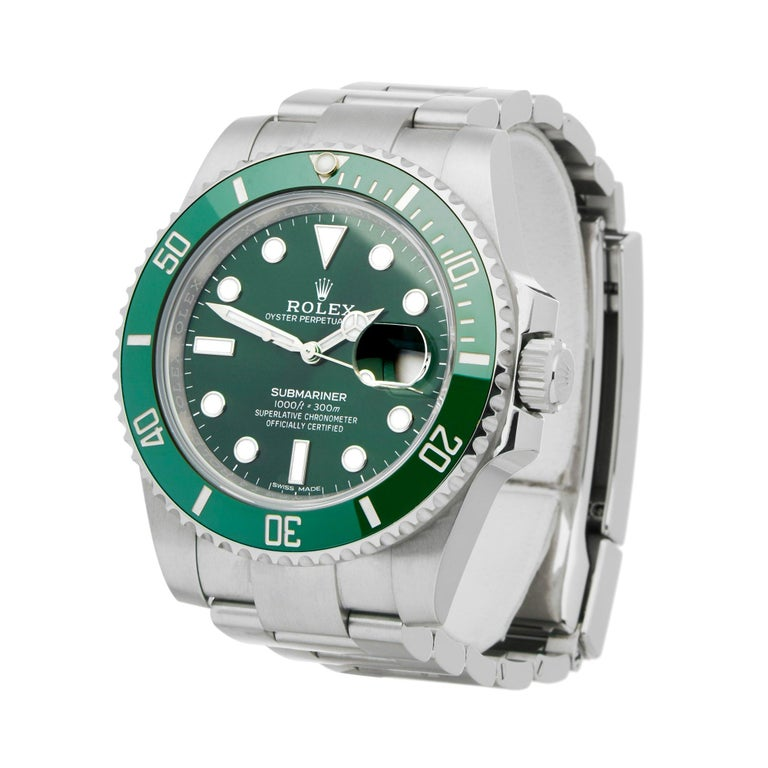 Xupes Reference: W007214 Manufacturer: Rolex Model: Submariner Model Variant: Date Model Number: 116610LV Age: 26-03-2017 Gender: Men Complete With: Rolex Box, Manuals,Guarantee & Swing Tags  Dial: Green Other Glass: Sapphire Crystal Case Size: