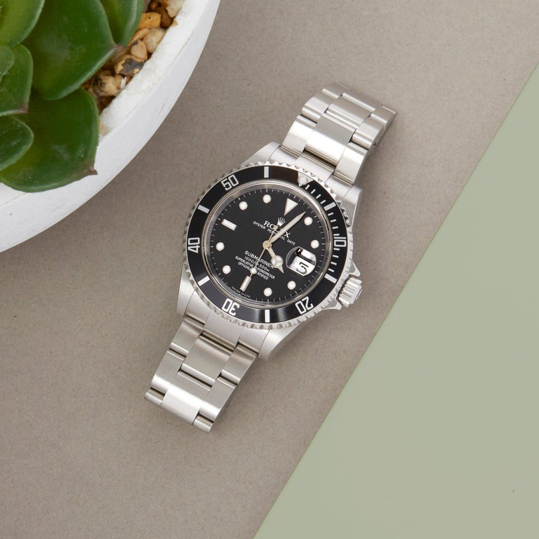 Rolex Submariner Date 16610 Men's Stainless Steel Watch For Sale 7