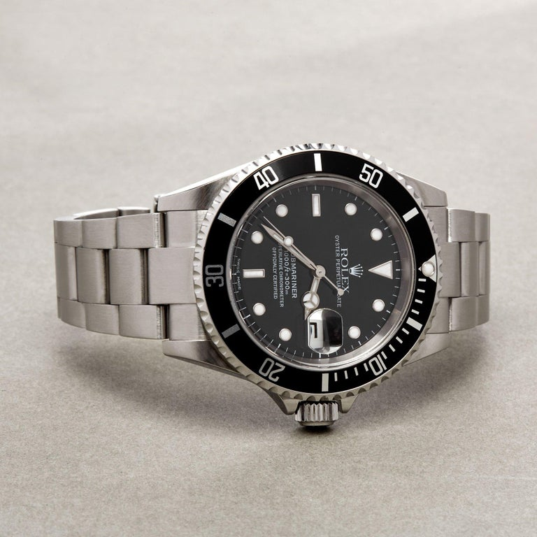 Rolex Submariner Date 16610 Men's Stainless Steel Watch For Sale 2