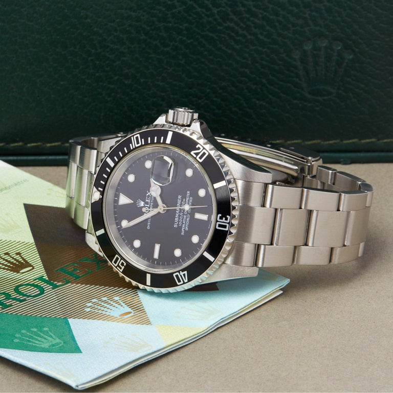 Rolex Submariner Date 16610 Men's Stainless Steel Watch For Sale 5
