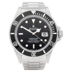Rolex Submariner Date 16610 Men's Stainless Steel Watch