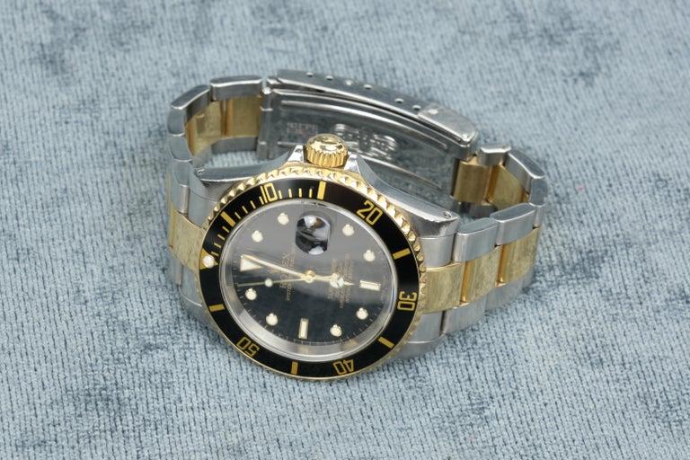 Rolex Submariner Date 18 Karat Gold For Sale 3