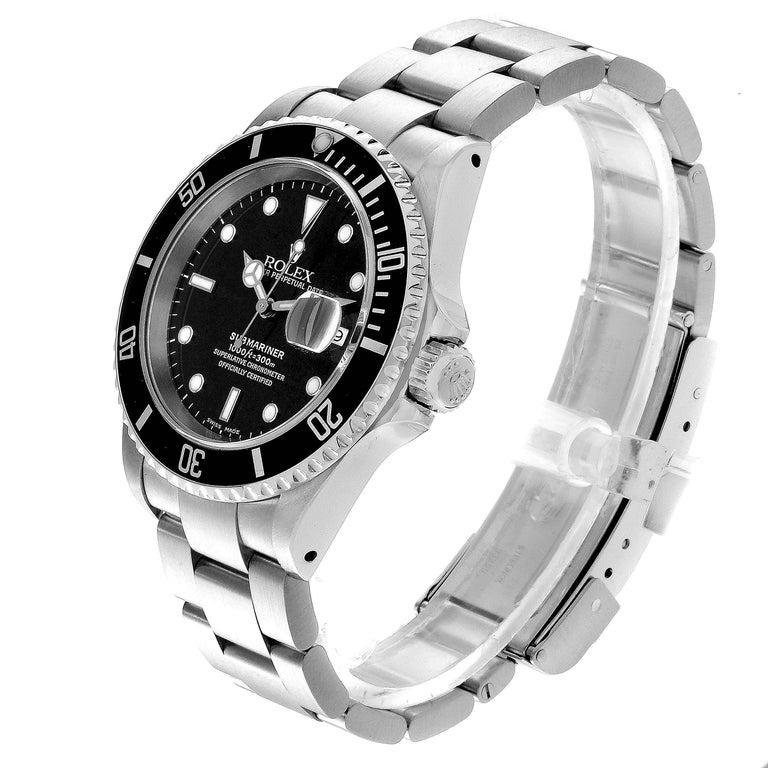 Rolex Submariner Date Stainless Steel Men's Watch 16610 In Excellent Condition In Atlanta, GA