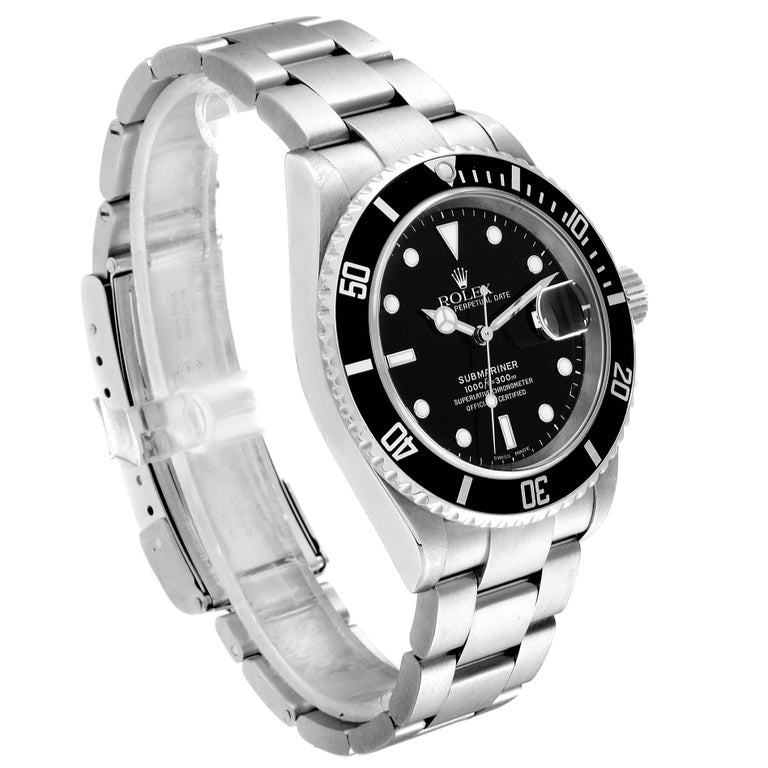 Rolex Submariner Date Stainless Steel Men's Watch 16610 In Excellent Condition For Sale In Atlanta, GA
