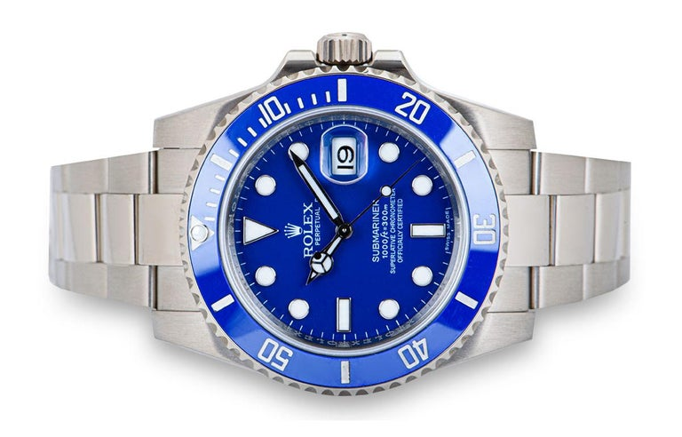 Rolex Submariner Date Gents 18 Karat Gold Blue Dial Ceramic Bezel B&P 116619LB In Excellent Condition For Sale In London, GB