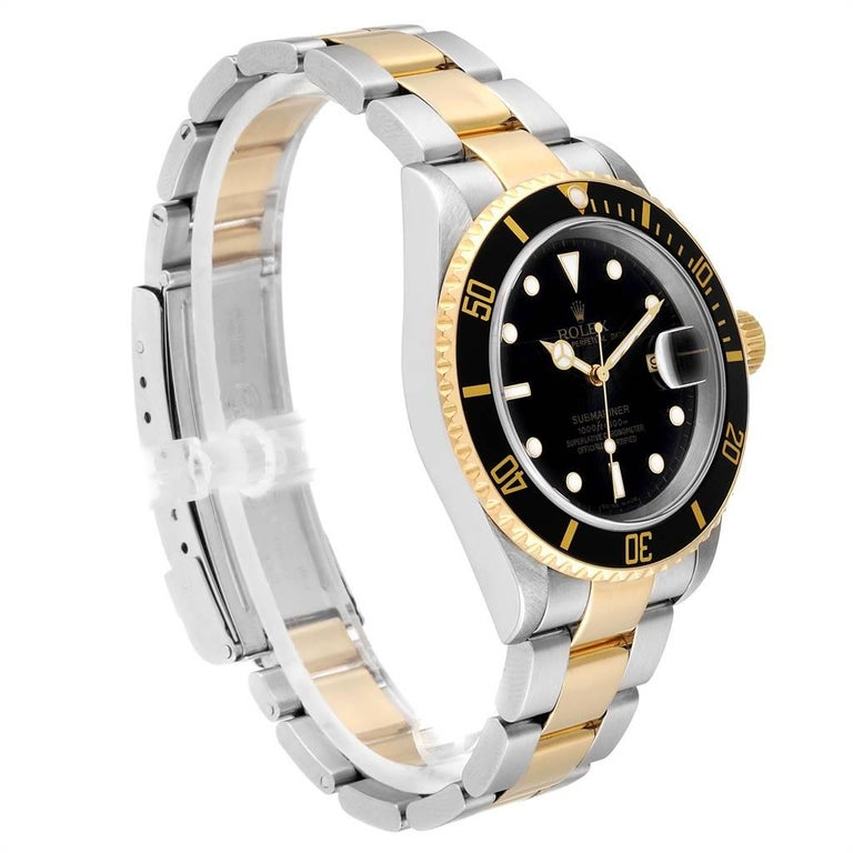 Rolex Submariner Date Steel 18 Karat Yellow Gold Men's Watch 16613 In Good Condition For Sale In Atlanta, GA