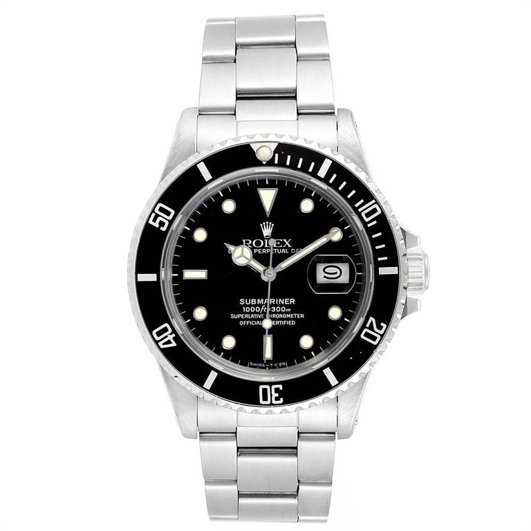 Rolex Submariner Date Steel Mens Vintage Watch 16800 Box. Officially certified chronometer automatic self-winding movement. Stainless steel case 40 mm in diameter. Stainless steel with the black insert unidirectional diver's count-up timing rotating