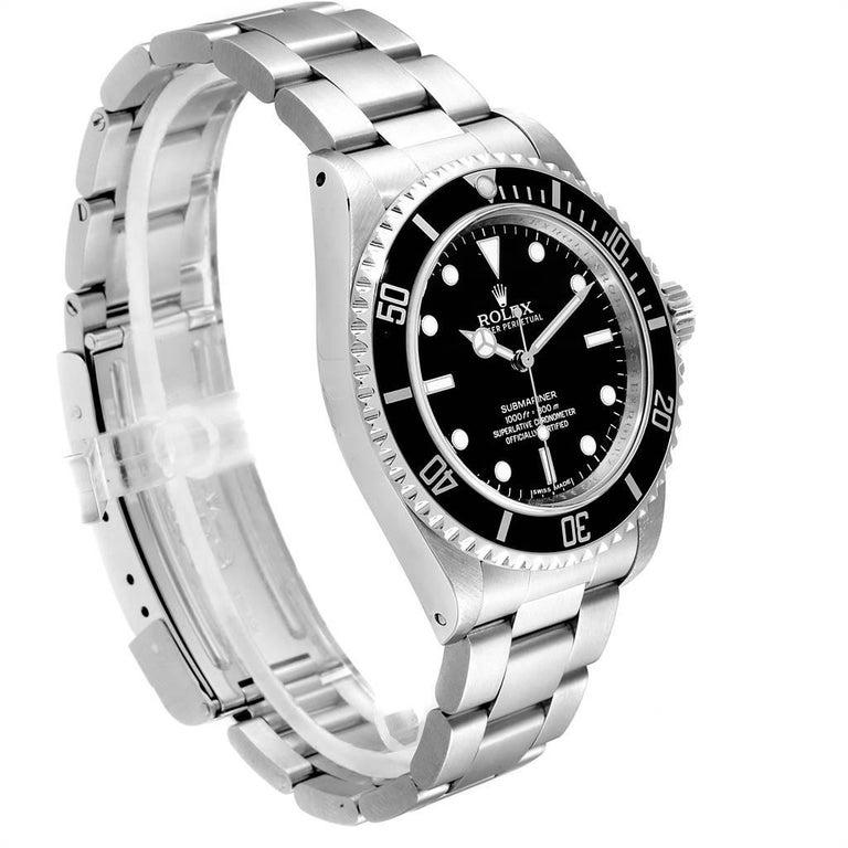 Rolex Submariner Non-Date Steel Men's Watch 14060 Box Card In Excellent Condition For Sale In Atlanta, GA