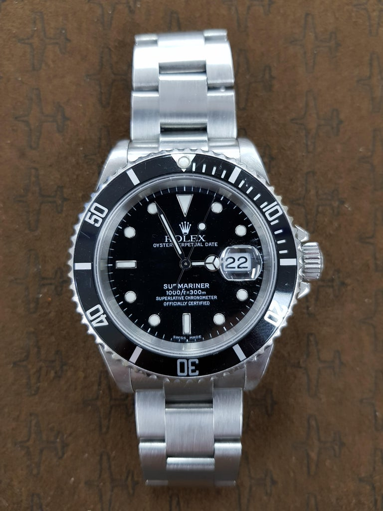 Contemporary Rolex Submariner, Stainless, Model Number 16610, Registered 2008 For Sale