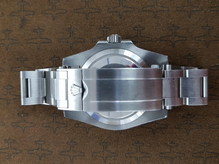 Rolex Submariner, Stainless Steel, Model Number 116610LN, Registered 2013 In Excellent Condition For Sale In London, GB