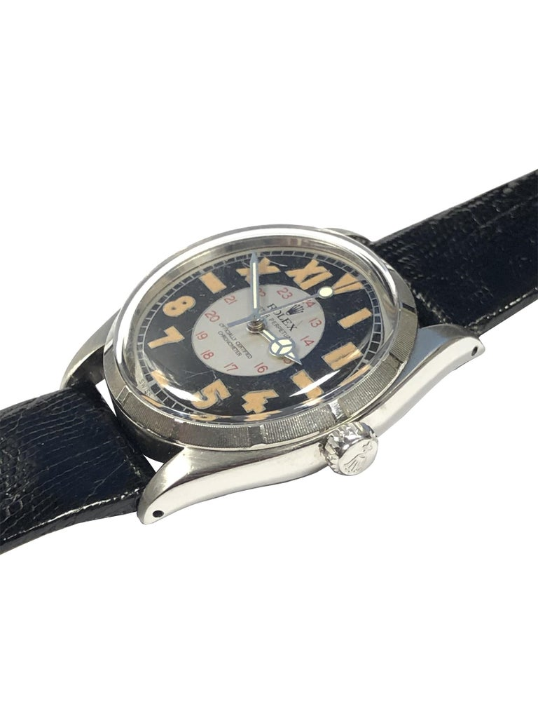 Rolex Vintage 1944 Steel Automatic with Bubble Back Style Military Dial In Excellent Condition For Sale In Chicago, IL