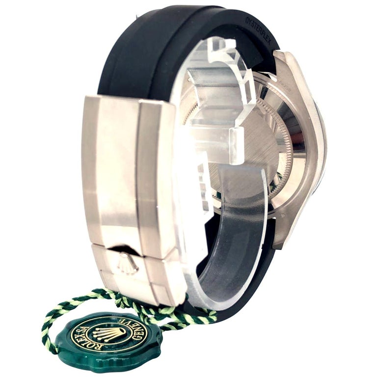Rolex Yacht-Master Automatic Black Dial 18ct Oysterflex Rubber Strap 226659 For Sale 1