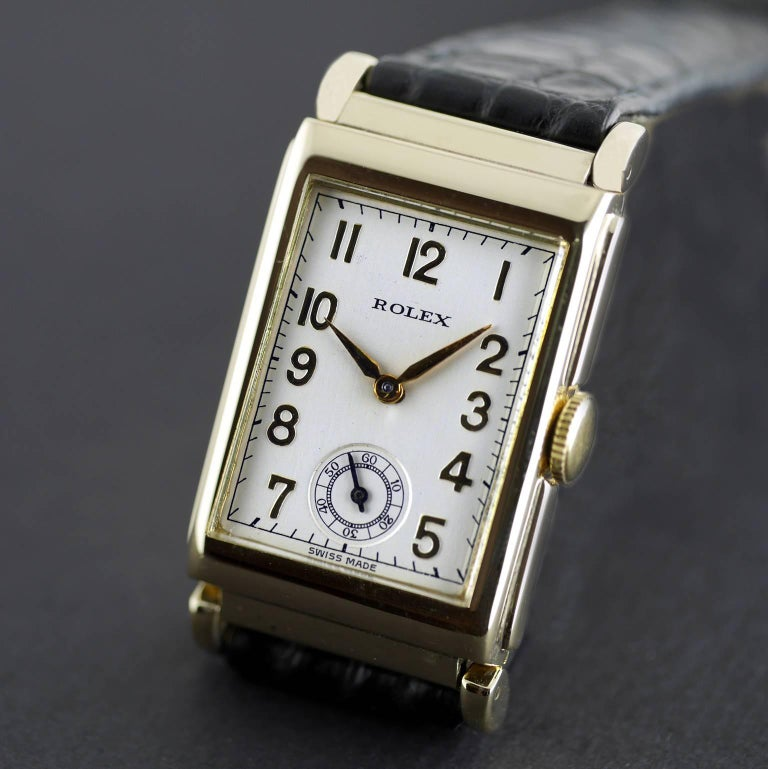 Women's or Men's Rolex Yellow Gold Art Deco Articulated Lugs Chronometre Wristwatch, 1937 For Sale